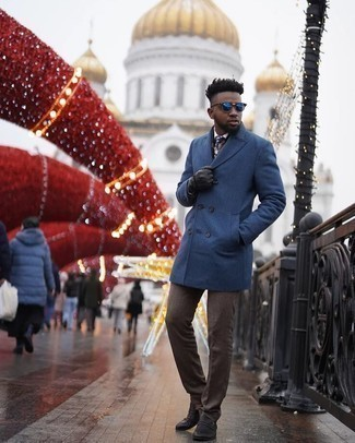 Dark Brown Dress Pants Outfits For Men: Make ladies swoon by wearing a blue overcoat and dark brown dress pants. Finish off this ensemble with black leather loafers to spice things up.