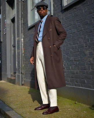 Loafers with Shirt Outfits For Men In Their 30s: You're looking at the irrefutable proof that a shirt and beige dress pants look amazing when paired together in a polished getup for a modern gentleman. Loafers will bring a dash of elegance to an otherwise standard ensemble. If you've passed the big three-oh, take inspiration from outfits like this to add more seriousness to your look.