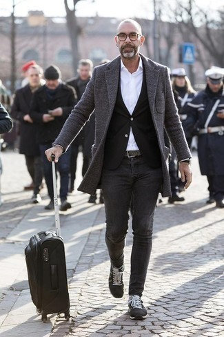 Charcoal Jeans Outfits For Men: A grey overcoat and charcoal jeans are the ideal way to introduce some masculine sophistication into your casual styling arsenal. Charcoal athletic shoes are a surefire way to add a sense of stylish casualness to this outfit.
