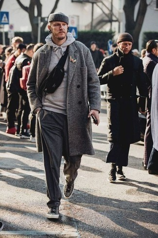 Lapel Pin Outfits: Such items as a grey overcoat and a lapel pin are the ideal way to introduce effortless cool into your casual collection. If in doubt as to the footwear, complete your look with black leopard low top sneakers.
