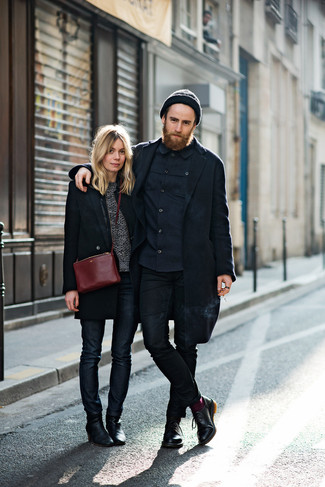 How to Wear a Navy Long Sleeve Shirt In Your 20s For Men: If you enjoy relaxed dressing, try teaming a navy long sleeve shirt with black skinny jeans. And if you need to immediately class up this look with a pair of shoes, complete this outfit with a pair of black leather derby shoes.