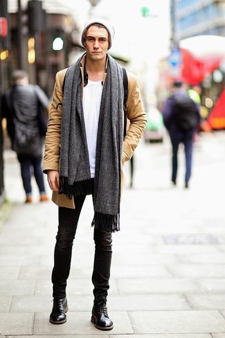 How to Wear a Black Long Sleeve Shirt For Men: This casual combo of a black long sleeve shirt and black skinny jeans is extremely easy to put together in next to no time, helping you look awesome and prepared for anything without spending too much time combing through your closet. If you need to instantly elevate this look with shoes, add black leather casual boots to the mix.