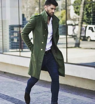 Dark Brown Suede Chelsea Boots Outfits For Men: For a neat and relaxed ensemble, consider wearing a dark green overcoat and navy skinny jeans — these two pieces work beautifully together. To introduce a little classiness to this look, introduce a pair of dark brown suede chelsea boots to your look.