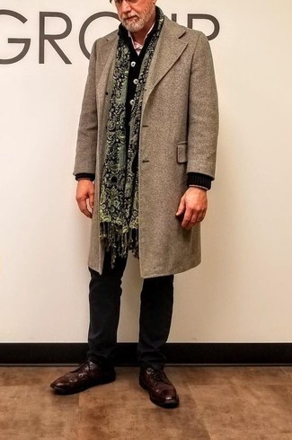 Black Cardigan Outfits For Men After 60: For a casually sleek look, wear a black cardigan with black chinos — these items fit perfectly together. When it comes to shoes, go for something on the smarter end of the spectrum with burgundy leather derby shoes. Surely a wonderful pick when it comes to dressing in your 60s.