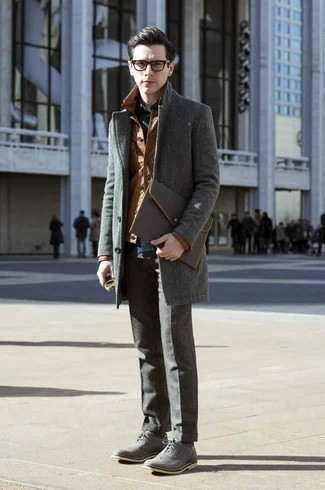 How to Wear a Dark Brown Leather Zip Pouch For Men: A grey overcoat and a dark brown leather zip pouch are a cool look to have in your day-to-day off-duty collection. Balance out this look with a more sophisticated kind of shoes, like these grey leather brogues.