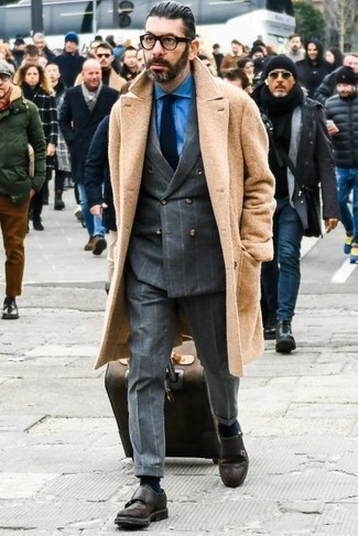 Navy Tie Outfits For Men: Rock a camel overcoat with a navy tie for masculine elegance with a modern twist. Finish off with a pair of dark brown leather double monks to power up this ensemble.