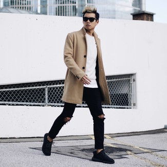 How to wear: camel overcoat, white sweatshirt, white crew-neck t-shirt, black ripped skinny jeans
