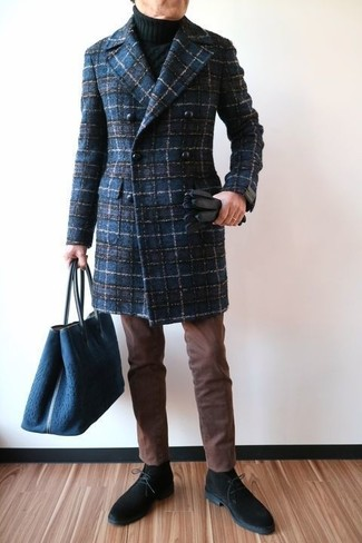 How to wear: navy plaid overcoat, black knit turtleneck, brown chinos, black suede desert boots