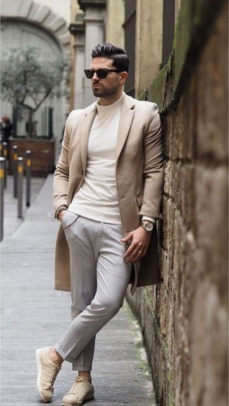 How to Wear Beige Leather Low Top Sneakers For Men: A camel overcoat and grey chinos are an easy way to infuse extra class into your off-duty arsenal. For a more relaxed twist, add a pair of beige leather low top sneakers to this outfit.