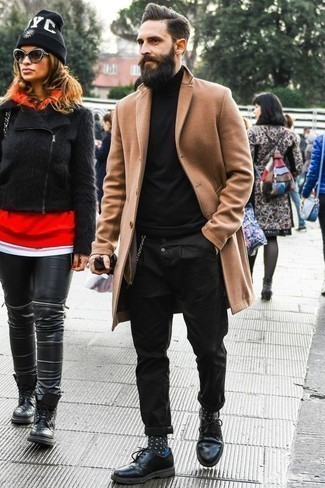 How to Wear a Camel Overcoat: This combination of a camel overcoat and black chinos exudes sophisticated menswear style. To add a bit of fanciness to your outfit, introduce black leather derby shoes to the mix.