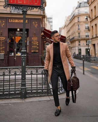 Gloves Outfits For Men: A camel overcoat and gloves worn together are the perfect combo for those dressers who love casual and cool getups. And if you want to immediately elevate this outfit with one single item, why not opt for black leather tassel loafers?