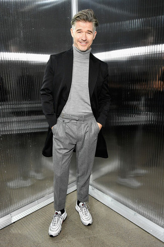 How to Wear Grey Wool Dress Pants For Men: Putting together a black overcoat and grey wool dress pants is a surefire way to inject your daily routine with some rugged refinement. Finishing off with white athletic shoes is an easy way to inject a dash of stylish casualness into this look.
