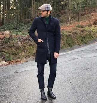 Flat Cap Outfits For Men: A navy overcoat and a flat cap are a savvy combo worth incorporating into your daily casual repertoire. Up the classiness of your look a bit by rounding off with a pair of black leather chelsea boots.