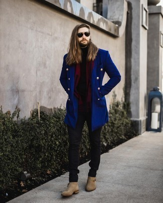 Blue Overcoat Outfits: Such essentials as a blue overcoat and black jeans are an easy way to infuse some rugged sophistication into your daily styling rotation. If you want to effortlessly level up this outfit with a pair of shoes, why not introduce beige suede chelsea boots to the equation?