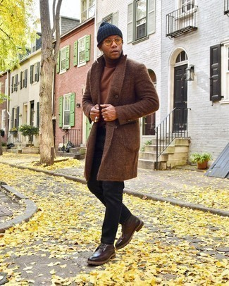 Brown Turtleneck Outfits For Men: If you prefer off-duty style, why not try this combo of a brown turtleneck and black jeans? To give your overall ensemble a dressier finish, complete this look with a pair of dark brown leather casual boots.