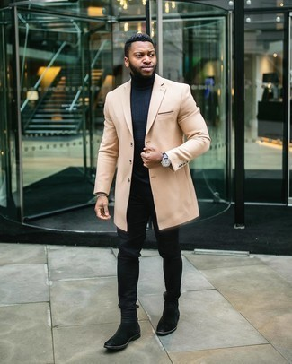 Coat Outfits For Men: This smart pairing of a coat and black jeans is extremely easy to pull together without a second thought, helping you look seriously stylish and ready for anything without spending a ton of time rummaging through your wardrobe. Bump up the classiness of your ensemble a bit by slipping into a pair of black suede chelsea boots.
