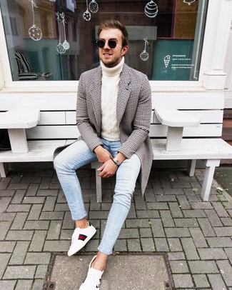 How to Wear a Silver Bracelet For Men: Consider wearing a black and white gingham overcoat and a silver bracelet for relaxed dressing with an edgy take. If you want to instantly perk up your ensemble with a pair of shoes, why not complement this look with a pair of white print leather low top sneakers?
