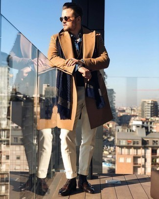 Camel Overcoat Outfits: A camel overcoat and beige dress pants are among the key elements of any good wardrobe. Balance your ensemble with a more laid-back kind of footwear, like these dark brown leather chelsea boots.
