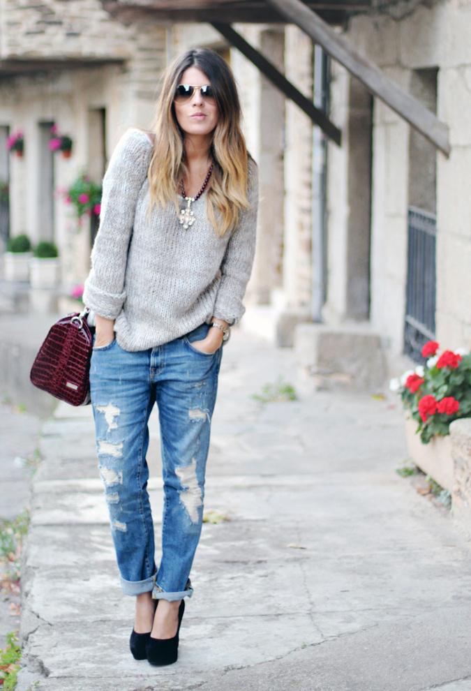 Women's Grey Knit Oversized Sweater, Blue Ripped Boyfriend Jeans ...