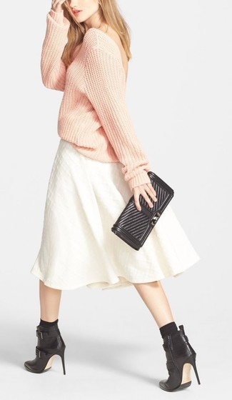 How to wear: pink oversized sweater, white pleated midi skirt, black leather ankle boots, black leather clutch