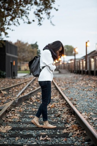 How to wear: white oversized sweater, navy skinny jeans, tan leather ballerina shoes, charcoal leather backpack