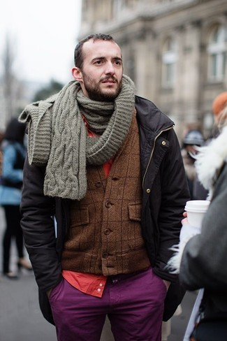 Dress in a Band Of Outsiders Solid Batiste Button Down In Red and purple chinos to get a laid-back yet stylish look. Many people suppose that just because you need to get bundled up you have to sacrifice your style, but that's just not true, and this outfit is hard proof.