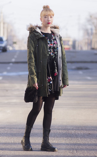 How to wear: olive parka, black embroidered casual dress, black leather lace-up flat boots, black fur crossbody bag