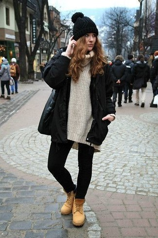Try teaming a Barneys New York Faux Fur Trimmed Tech Fabric Parka with black leggings to get a laid-back yet stylish look. Sporting a pair of tan nubuck lace-up flat boots is a simple way to add some flair to your ensemble. You can see here that just because the temperature dropped below zero doesn't mean your getups can't be both warm and stylish.