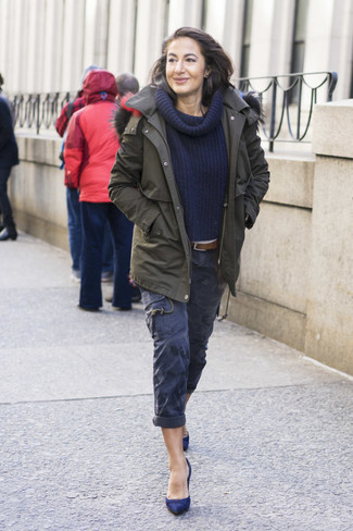How to wear: olive parka, navy shawl-neck sweater, navy cargo pants, navy suede pumps