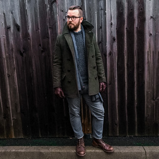 Gloves Outfits For Men: Such pieces as a dark green pea coat and gloves are an easy way to infuse subtle dapperness into your current off-duty fashion mix. Why not throw a pair of dark brown leather casual boots in the mix for a sense of polish?