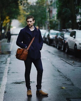 Navy Pea Coat Outfits: This combo of a navy pea coat and navy jeans is a real life saver when you need to look on-trend but have zero time to dress up. Brown suede chelsea boots will breathe an air of sophistication into an otherwise straightforward look.