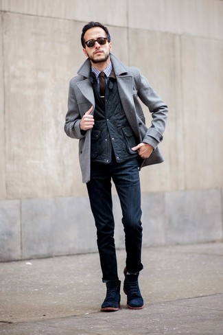 How to Wear Navy Suede Casual Boots For Men: Such items as a grey pea coat and navy jeans are the ideal way to introduce extra elegance into your casual fashion mix. When it comes to shoes, this ensemble pairs brilliantly with navy suede casual boots.
