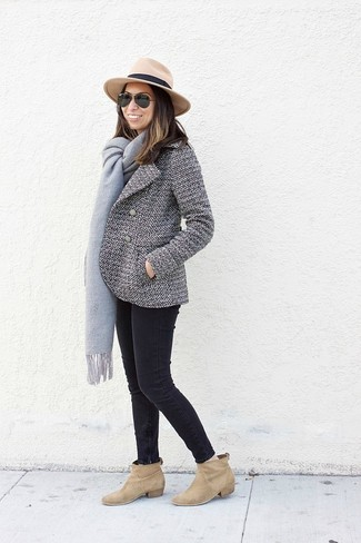 How to wear: white and black pea coat, black skinny jeans, tan suede ankle boots, khaki wool hat