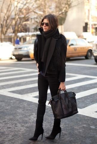 How to wear: black pea coat, black fur vest, navy long sleeve t-shirt, black skinny jeans