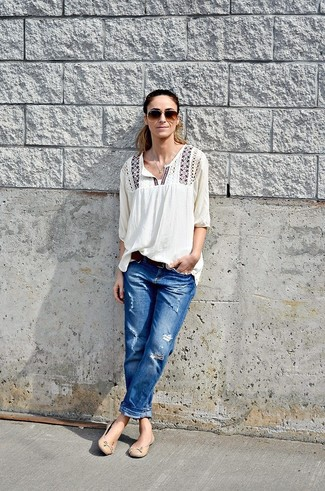 How to Wear Blue Ripped Boyfriend Jeans: This relaxed casual pairing of a white embroidered peasant blouse and blue ripped boyfriend jeans is capable of taking on different nuances depending on how you style it out. You can get a little creative on the shoe front and class up your look by slipping into beige leather ballerina shoes.