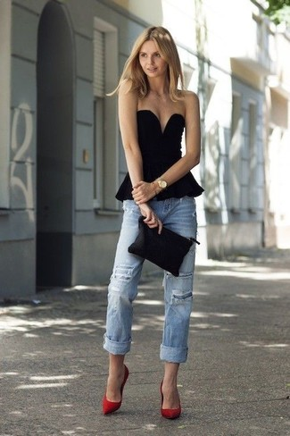 How to wear: black peplum top, light blue ripped boyfriend jeans, red suede pumps, black leather clutch