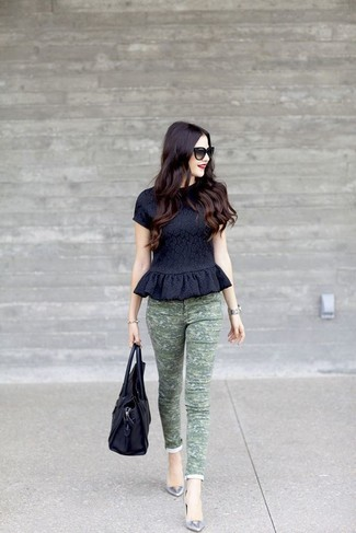 This combination of a black print peplum top and army green camo slim jeans is clean, stylish and so easy to imitate! Why not add grey leather ballet flats to the equation for a more relaxed feel? You can't go wrong with this one on a warm weather day.