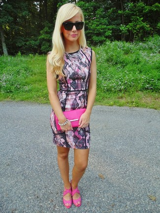 How to wear: pink snake bodycon dress, hot pink leather heeled sandals, hot pink leather clutch, black sunglasses