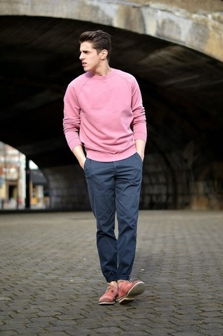 How to wear: pink crew-neck sweater, navy chinos, pink leather oxford shoes