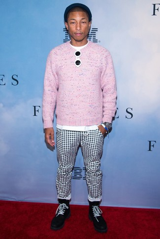 How to wear: pink crew-neck sweater, white crew-neck t-shirt, white and black check chinos, black suede casual boots
