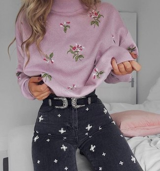 For an outfit that provides comfort and chicness, wear a pink embroidered turtleneck and a Mango Patent Leather Sash Belt. Keep this outfit ready to go when spring arrives, and rest assured, you'll save a lot of time trying to pick out what to wear on more than one morning.