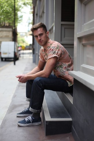 How to wear: pink floral short sleeve shirt, navy jeans, navy plimsolls