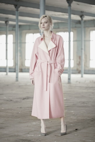 How to wear: pink trenchcoat, grey leather pumps