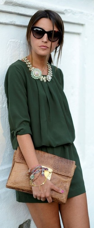 How to Wear a Green Necklace In Chill Weather: A dark green playsuit and a green necklace are a life-saving off-duty combination for many stylish ladies.
