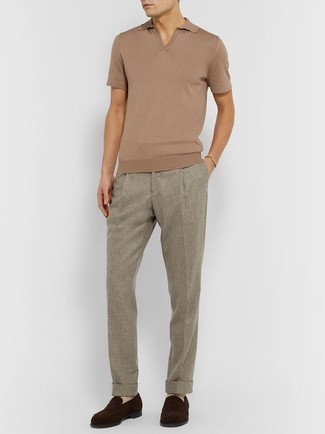 Gold Bracelet Outfits For Men: This combo of a tan polo and a gold bracelet will prove your prowess in men's fashion even on off-duty days. For a more refined finish, complement this outfit with dark brown suede loafers.