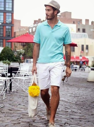 How to wear: mint polo, white shorts, beige leather boat shoes, grey hat