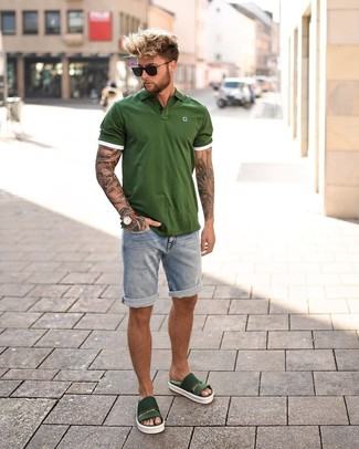 If you enjoy a more relaxed approach to style, why not consider wearing an olive polo and light blue denim shorts? Dark green rubber sandals will add some edge to an otherwise classic look. Come warm sunny days you want to feel fresh and stylish –– this look is just the right one.