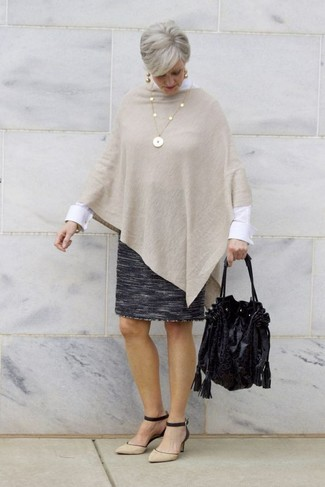 How to Wear a Pencil Skirt: This combo of a beige poncho and a pencil skirt comes in handy when you need to look chic but have no extra time. Our favorite of an infinite number of ways to round off this ensemble is with black and tan suede pumps.