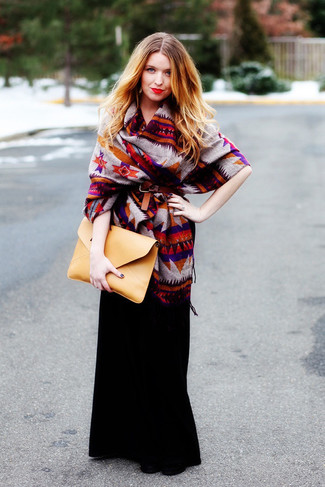 If it's comfort and practicality that you're looking for in an outfit, try teaming a multi colored print poncho with an Asos Maxi Skirt With Poppers. And it's a wonder what a pair of black leather ankle boots can do for the look. As you can see here, this getup is a really smart option, especially for transitional weather, when the temperature is falling.