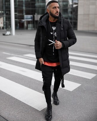 Black Puffer Coat Outfits For Men: Putting together a black puffer coat with black cargo pants is an awesome pick for an off-duty ensemble. And if you want to effortlessly dial down your outfit with a pair of shoes, why not complement your outfit with black leather high top sneakers?